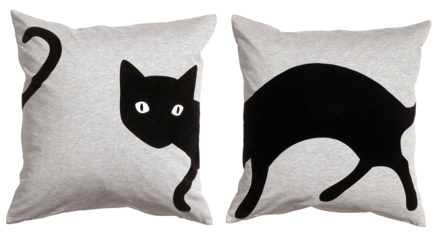 Black cat pillow - H&M